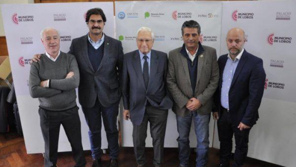 EL Ministro Sarquis junto al titular del Indec y el Intendente de Lobos, Jorge Etcheverri