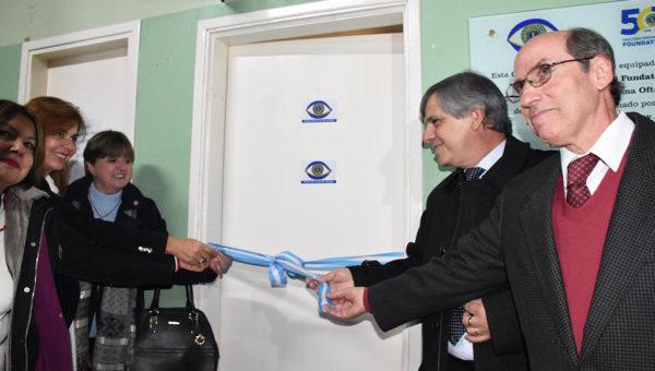 Momento de la inauguracion del Centro Oftalmologico en el Hospital de Chivilcoy