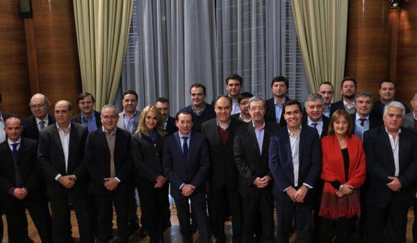 Dante Sica junto a sus pares de las provincias