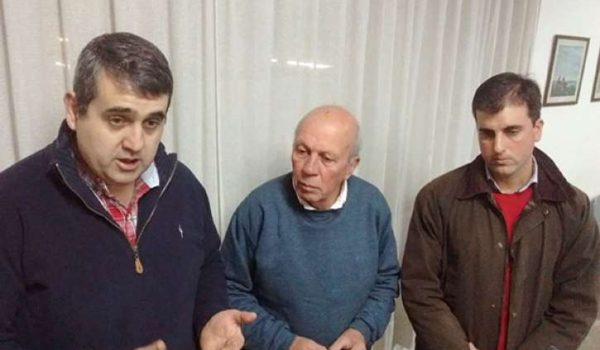 Hugo Enriquez, Luis Ventimiglia y Juan Martin Fage resaltaron el valor suelo