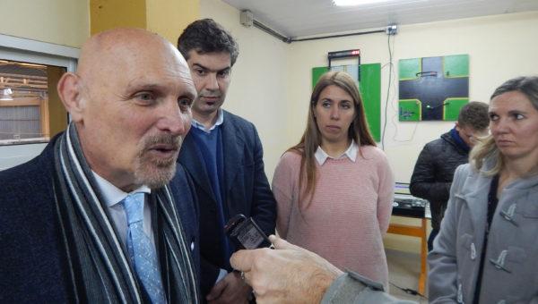 Jorge Lawson, junto a Facundo Berazardi, Silvina Quintas y Florencia Rodriguez