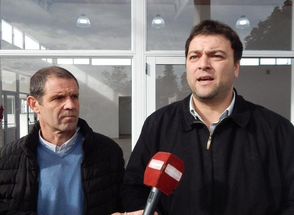 Mariano Barroso y el Arquitecto Osvaldo Fons brindaron detalles de la obra