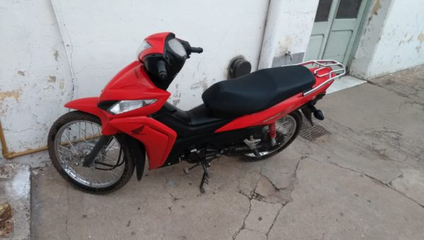 Motocicleta Honda secuestrada en 9 de Julio