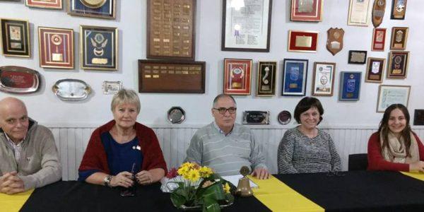 Nora Guazzaroni junto a Carlos Zanetti, Ruben Avila y Rosario de Zanetti