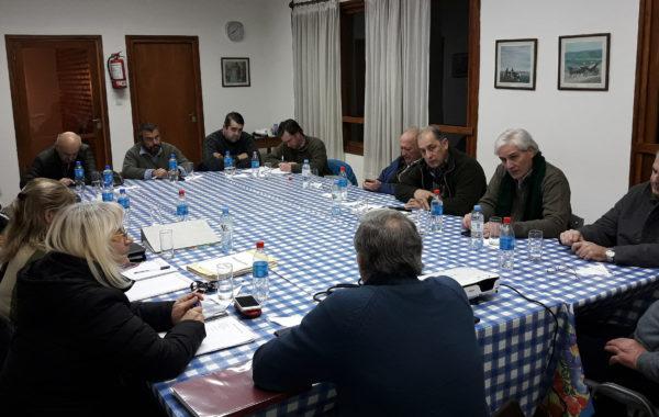 Reunion entre Sociedad Rural de 9 de Julio y Camara de Comercio