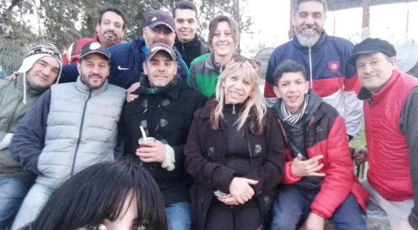 Integrantes de Sin Banderas que llevaron adelante la organización