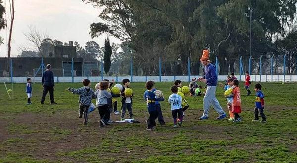 Juego con pelotas para los niños de San Martin