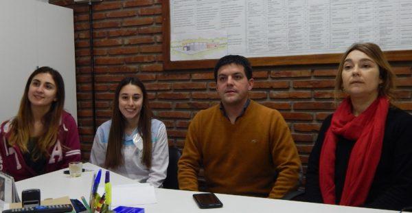 Las alumnas Jorge y Marconi junto a los vice Filoni y Poratti