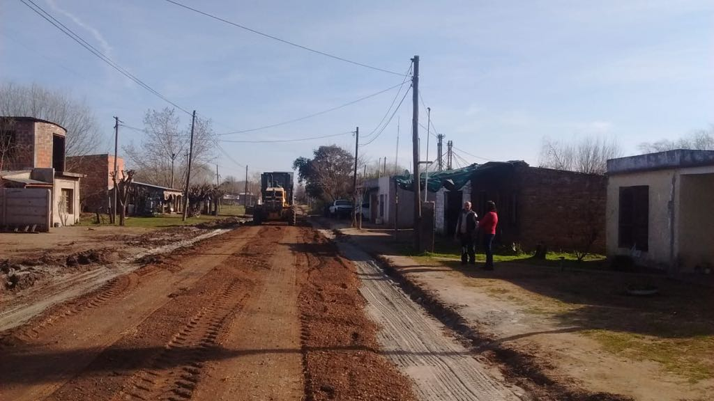 Municipalidad realiza mantenimiento en calles de Dudignac