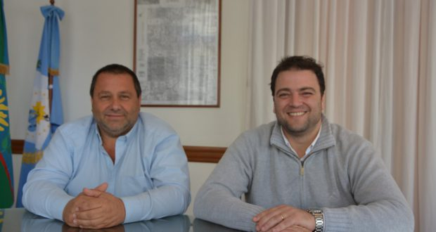Barroso junto a Enrique Merlo, secretario de Obras Publicas