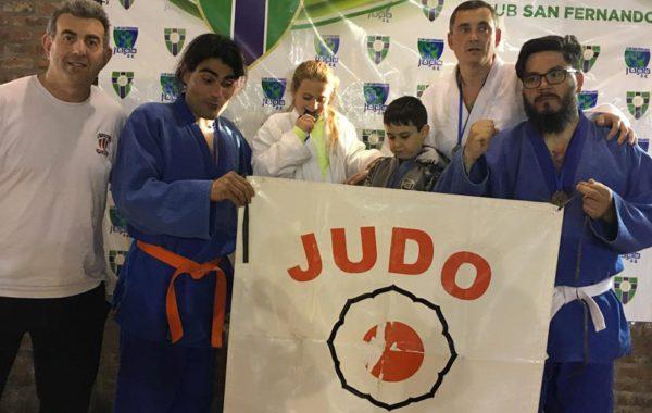 Integrantes del Judo de Atletico 9 de Julio en San Fernando