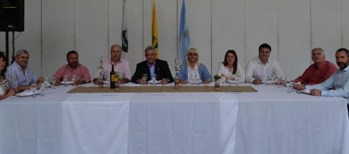 Autoridades que acompañaron en esta edicion el almuerzo en Sociedad Rural 9 de Julio