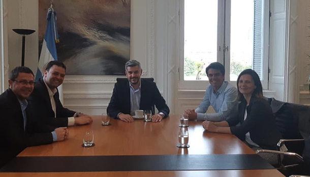 Instancia de la reunion de Peña con los funcionarios nuevejulienses