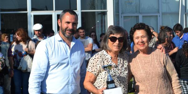 Integrantes de APFADI recibe premio Municipalidad 9 de Julio