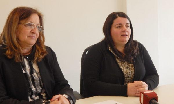 La Directora del Hospital, Elisa Gutierrez y Lucia Pirotta, Secretaria de Salud Municipal