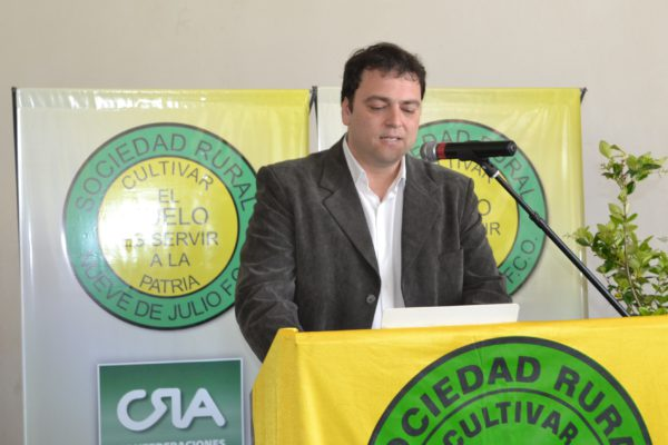 Mariano Barroso durante su discurso en Sociedad Rural 9 de Julio