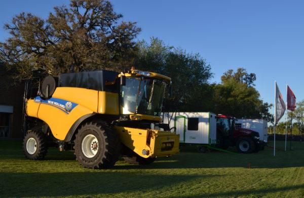 Primeras marcas de maquinas que vestiran la 121 Expo Rural