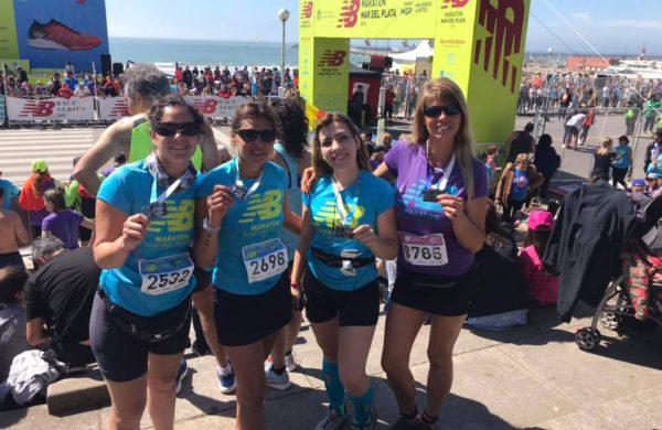 Atletas nuevejulienses que fueron parte de la Maraton en Mar del Plata