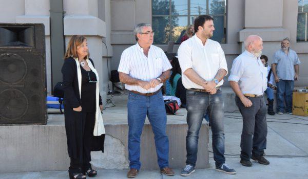 Cereigido, Della Rocca, Barroso y Castro durante el acto