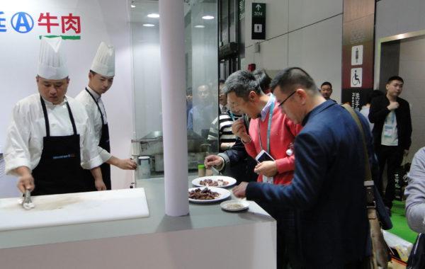Ciudadnos de China desgustan carne argentina