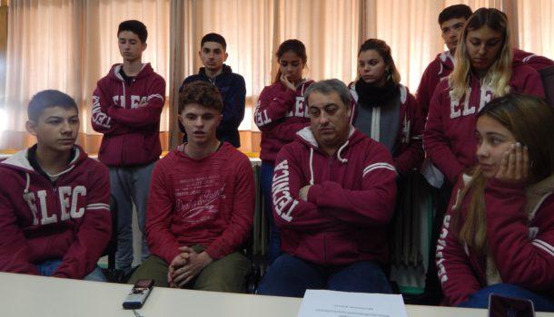 El profesor Barbato y alumnos contaron a El Regional Digital como avanza Desafio Eco