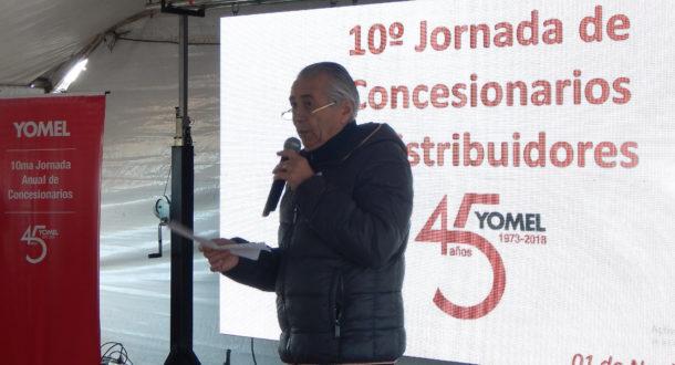 Jorge Medica dirigiendose a la red de Concesionarios Yomel