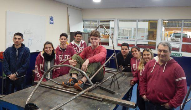 Los alumnos integrantes del proyecto Desafio Eco y la expectativa llegar al Galvez