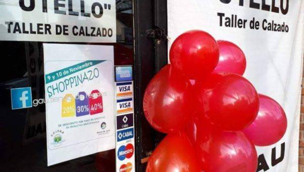 Mas de un centenar de comercios estan identificados con globos rojos