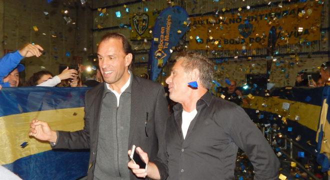Navarro Montoya y Abramovich son recibido por hinchas de Boca en 9 de Julio