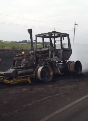 Daireaux: Colisionaron un camión cisterna con combustible y un tractor, se produjo un gran incendio