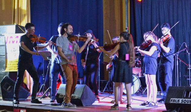 Grupo de Violin en el Rossini