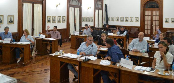 Momento en que Concejales de oposicion piden que la Tasa de Alumbrado Publico no aumente, recibio la negativa de Cambiemos