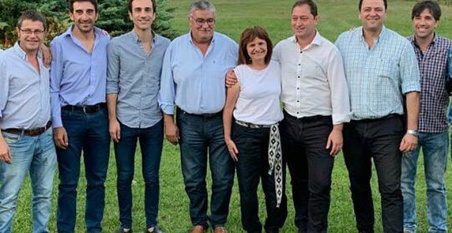Barroso y Vivani junto a la Ministra Bullrich, Petrecca, Gatica, Serenal y Flexas