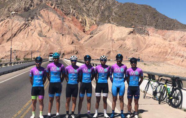 El equipo de Bragado Cicles que integra Fede Martinez