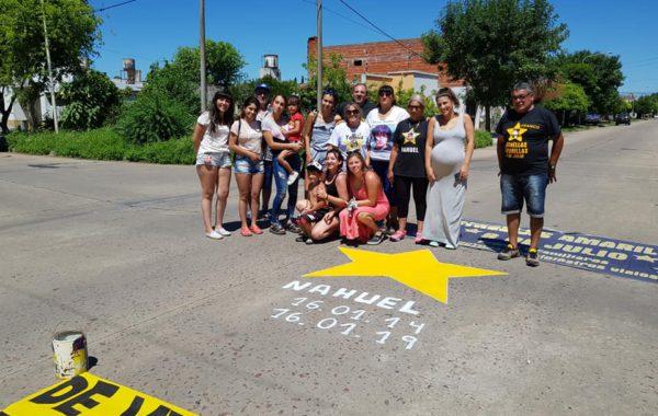 Familiares e integrantes de Estrellas Amarillas este miercoles 16