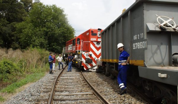 Formación ferroviaria que descarrilo en el partido de Chivilcoy