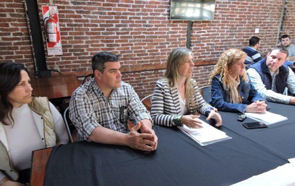 Integrantes de las entidades que presentaron a la prensa juninense el proyecto