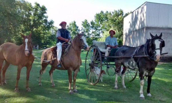 Los Huellos Miguel Cattaini y Diego Aguillar recorrieron 300 kms uniendo pueblos y parajes de 9 de Julio