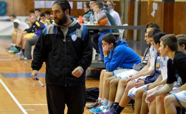 Matias Figueiras viene de Rosario del Tala y es el nuevo DT de basquet en Atlético 9 de Julio