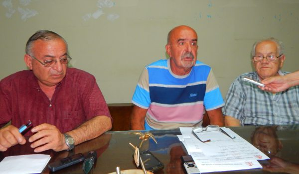 Alejandro Pagani secundado por Nestor Marquez y Dante Fava
