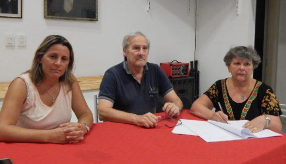 Jorge De la Plaza presidiendo el Plenario radical