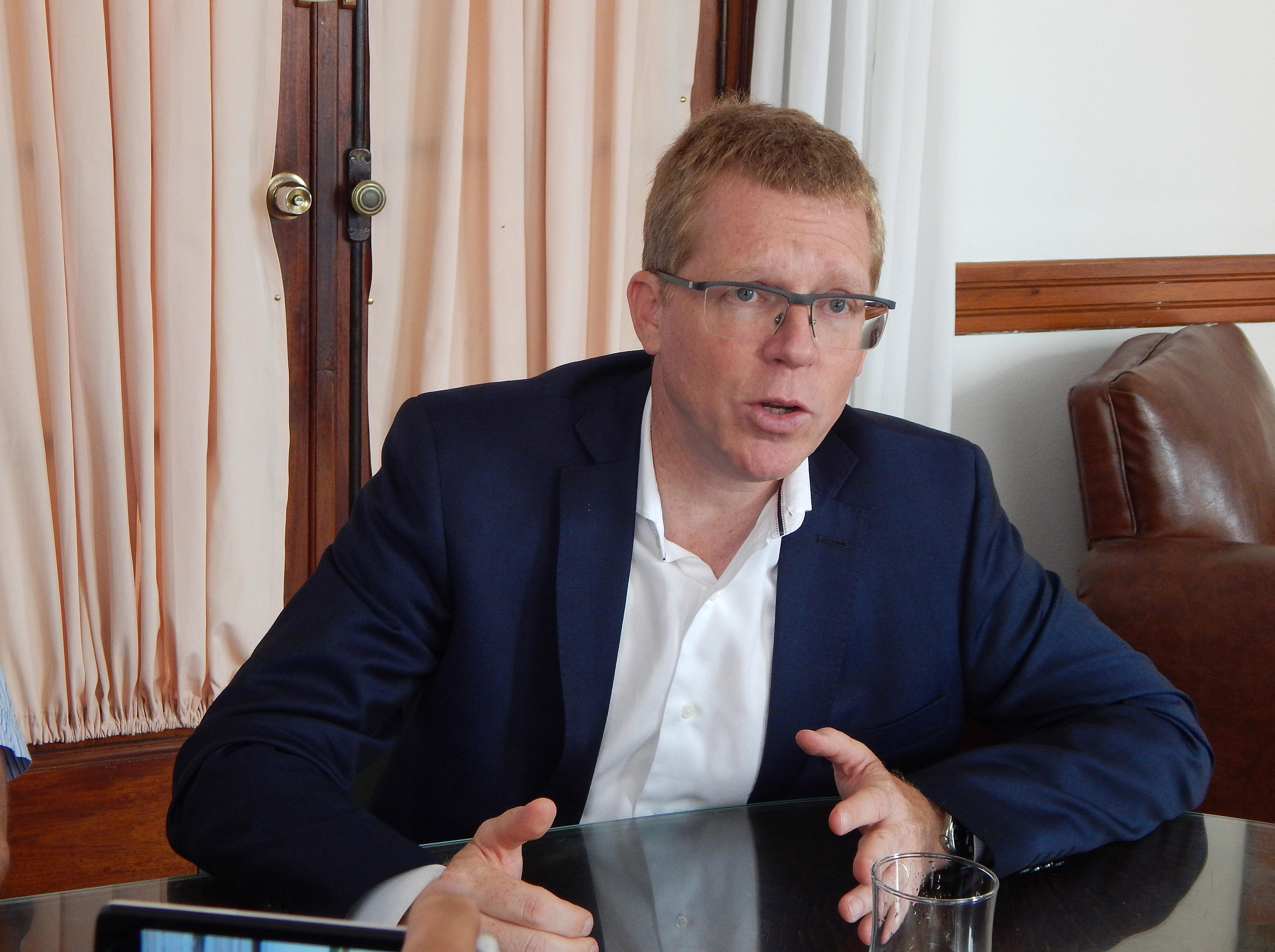 El presidente del Bapro aseguro que se trabaja para mejorar la atención en la Sucursal9 de Julio