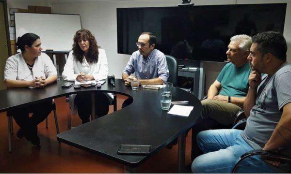 El Intendente Pisano junto a su equipo de trabajo en Salud en la conferencia de prensa – foto Bolivar hoy