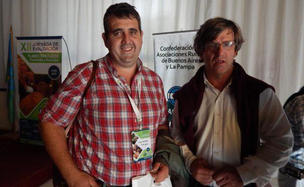 Enriquez junto al presidente CARBAP, Matias de Velazco en Olavarria