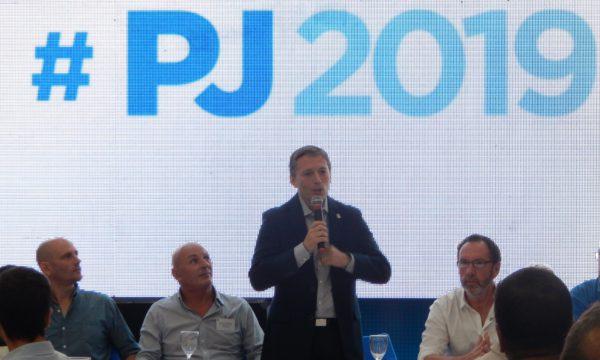 Gray sostuvo y defendio la candidatura de Cristina Fernandez de Kirchner