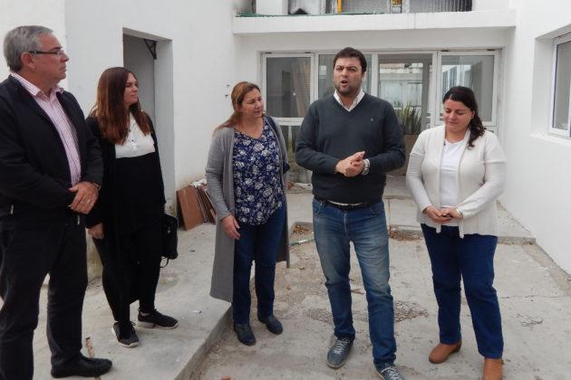 Junto a los funcionarios de Salud, Desarrollo Comunitario y de la Secretaria de Gobierno, Barroso detallo las obras que se hacen en el ex Corralon