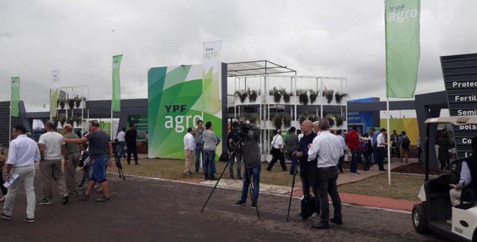 Stand de YPF AGRO en Expoagro