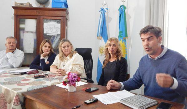 Berazardi, Ferrer, Vallabriga, Josserme y Raimundo durante la conferencia de prens a