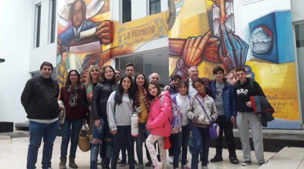 Contingente de alumnos y profesores de 9 de Julio en Trenque lauquen