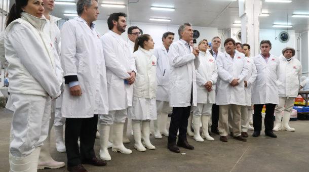 EL presidente Mauricio Macri dando el anuncio de la desicion china